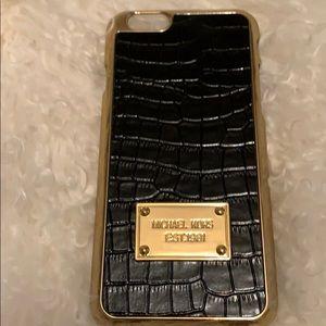 Michael Korea's iPhone 6 case